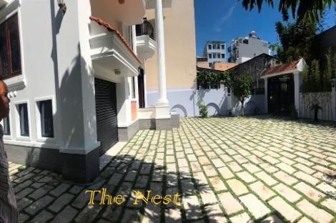 House for rent 4 bedrooms in thao dien district 2
