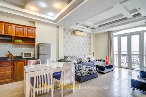 Service apartment 2 bedrooms for rent in Dist 2