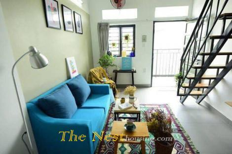 Service apartment with loft for rent in Dist 2