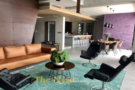 Duplex apartment for rent in Tropic Garden