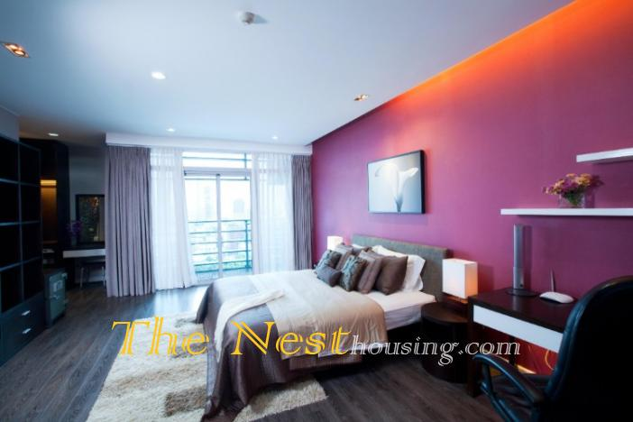 Penthouse three bedrooms for rent in the city center