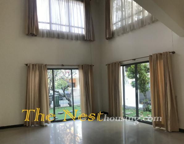 Nice villa for rent in compound