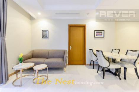 Vinhomes Central Park with 3 Bedrooms Apartment For Rent