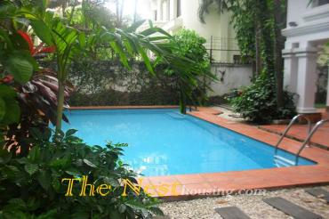 Villa for rent in compound, 4 bedrooms, partly furnished, 3000 USD