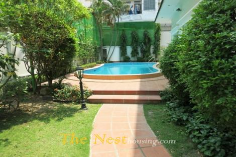 Modern villa for rent in compound District 2
