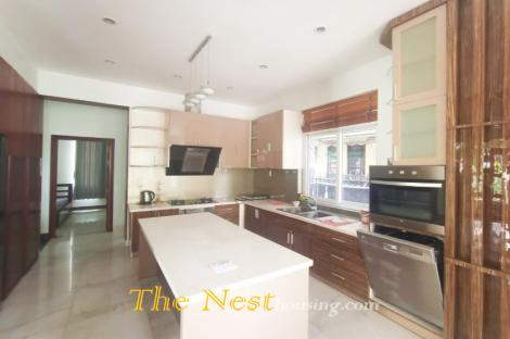 ​​​​​​​Charming villa for rent in compound