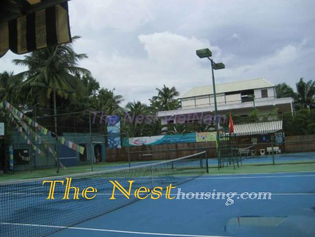 Nice villa for rent in compound District 2