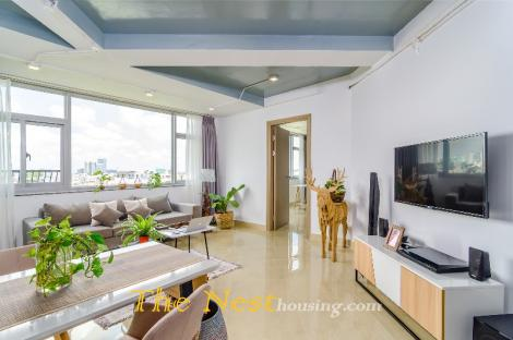 Modern penthouse for rent in HCMC, 100sqm, 1 bedroom with nice bathroom, 1450 USD