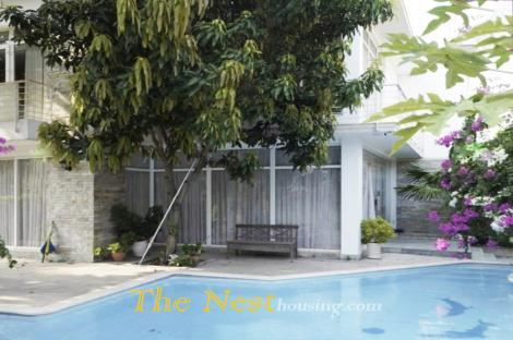 Villa for rent in Thao Dien ward, 5 bedrooms, nice swimming pool