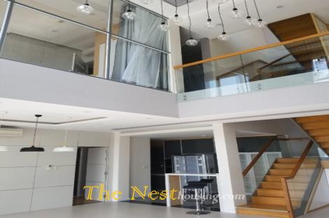 Penthouse for rent in Tropic Garden
