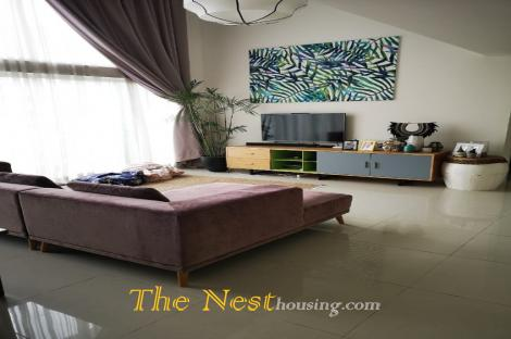 Luxury penthouse for rent in The Estella