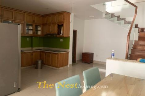 Townhouse for rent in Thao Dien D2