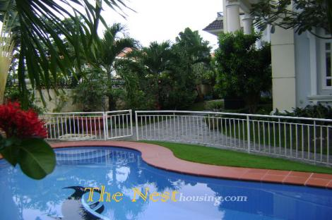 Nice villa for rent in compound, 4 bedrooms, beautiful garden and swimming pool, 4000USD