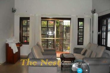 House close to BIS school. 5 bedrooms, price 2450 USD