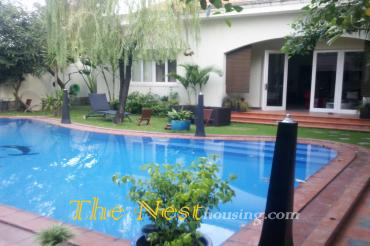villa 4 beds in compound, has pool & garden D2