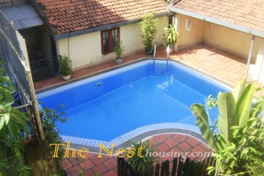 Nice Villa in District 2, 4 bedrooms, large garden, 2800 USD
