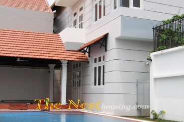 Modern villa for rent in Thao Dien, 3 bedrooms, private swimming pool