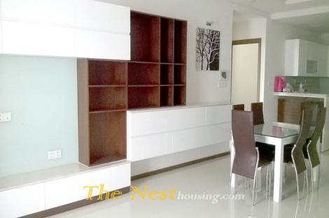Thao Dien Pearl apartment in dist 2 with 3 bedrooms, price 1500