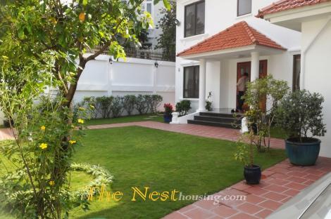 Villa for rent in Thao Dien, 4 bedrooms, good location