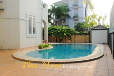 Villa for rent in compound, 4 bedrooms, quiet area, 4000 USD