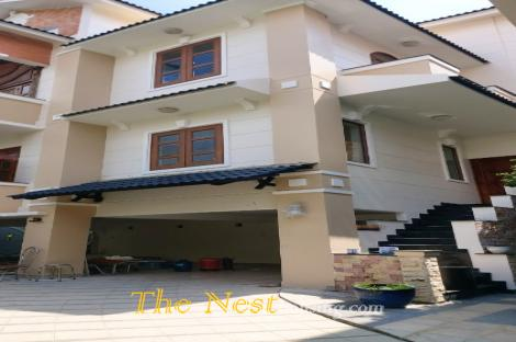 Villa in Fideco compound has 3 leval with 4 bedrooms