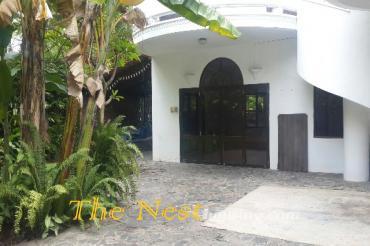 Nice villa in compound for rent - 4 bedrooms, nice garden, 1800USD