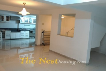 House for rent in Thao Dien, near BIS, 3 bedrooms, 1000 USD