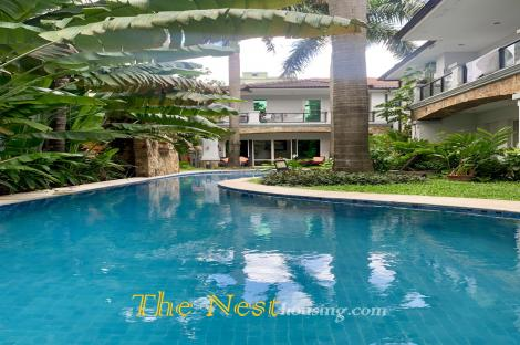 House in Thao Dien for rent, common swimming pool