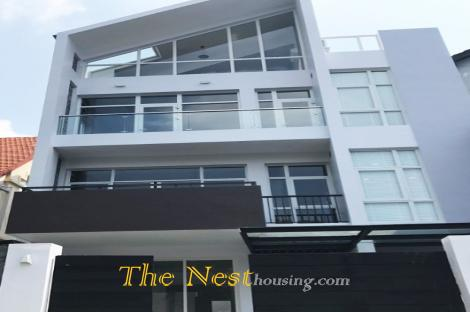 Modern villa for rent in Thao Dien, 5 bedrooms, modern style, quiet area, 3200 USD
