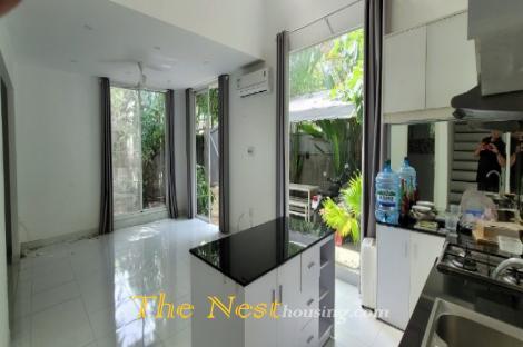 Modern villa 4 bedrooms for rent in Tran Nao