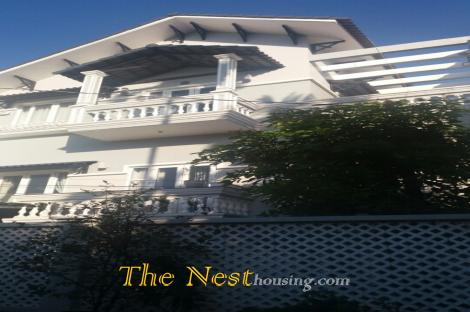 House near An Phu Super market in Thao Dien, 4 bedrooms