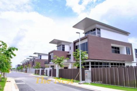 Modern villa for rent in Riviera cove District 9
