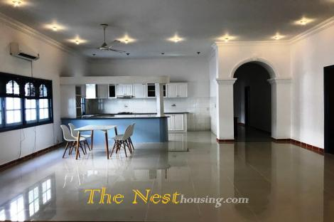 Nice Bungalow in compound for rent, 4 bedrooms, good location