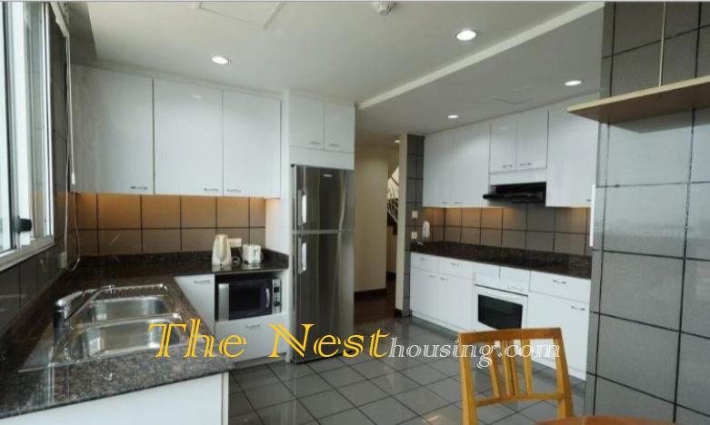 Luxury penthouse for rent in city center