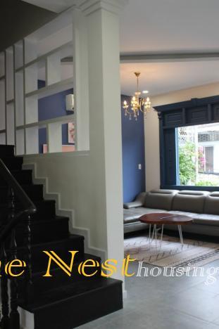 Townhouse 3 bedrooms for rent in Thao Dien