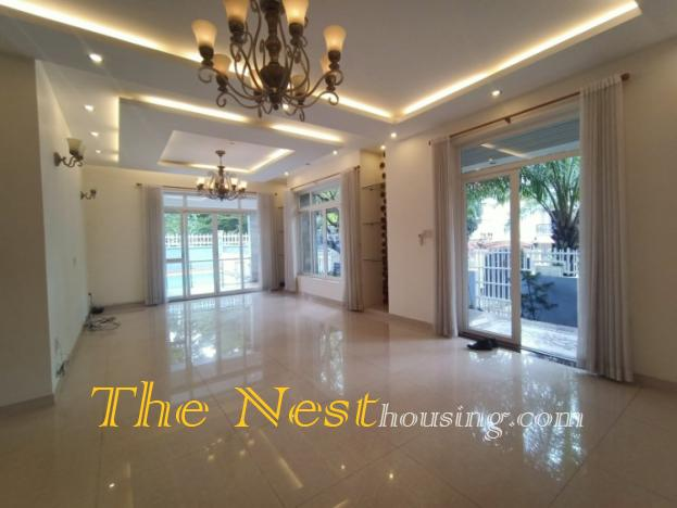 Charming villa for rent in compound