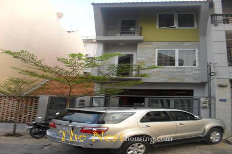Town House for rent with 4 bedrooms, dist 2