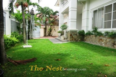 Villa for rent in compound, 4 bedrooms, garden & Pool