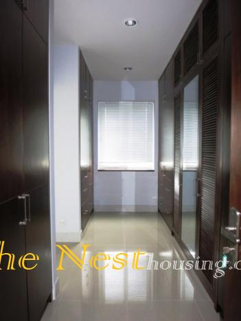 house in compound for rent   thenest 1