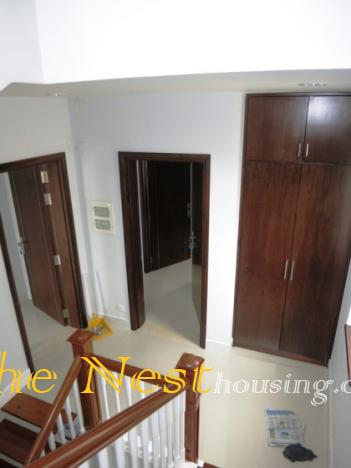 house in compound for rent   thenest 23