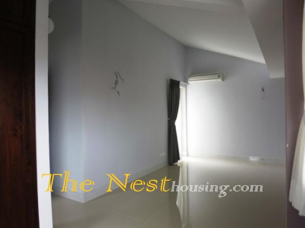 house in compound for rent   thenest 31