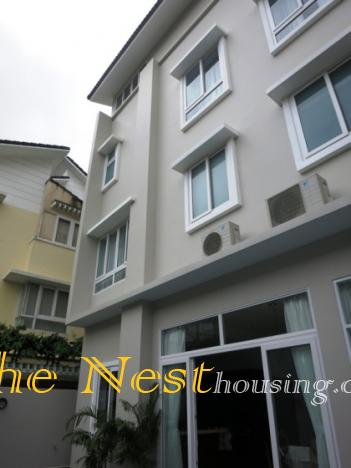 house in compound for rent   thenest 42