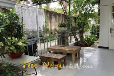 A nice house for rent Thao Dien, 2 bedrooms, good location, 650 USD