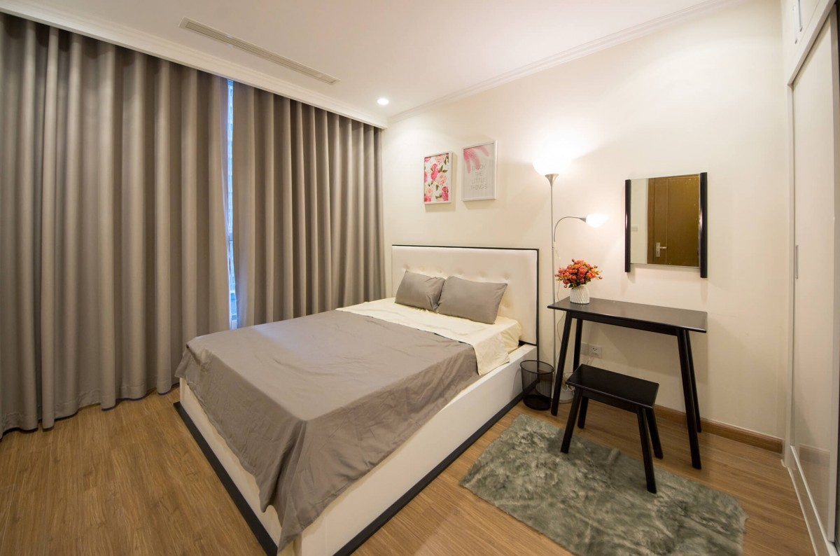Vinhomes central park with 3 bedrooms apartment for rent for 3 bedrooms apartments for rent