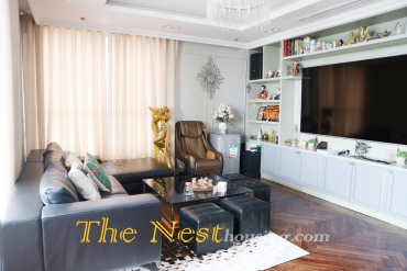 Luxury penthouse for rent in Masteri, 4 bedrooms, modern design, 5000 USD