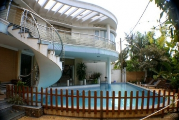 House 3 bedrooms for rent at Sai Gon river, dist 2