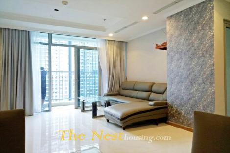 Vinhomes Central Park with 4 Bedrooms Apartment For Rent