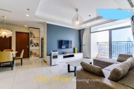 Vinhomes Central Park (Landmark 1) 4-Bedroom Apartments For Rent 2500USD