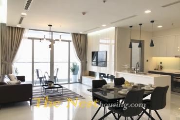 Vinhomes Central Park (Park 4) 4-Bedroom Apartments For Rent 2600USD